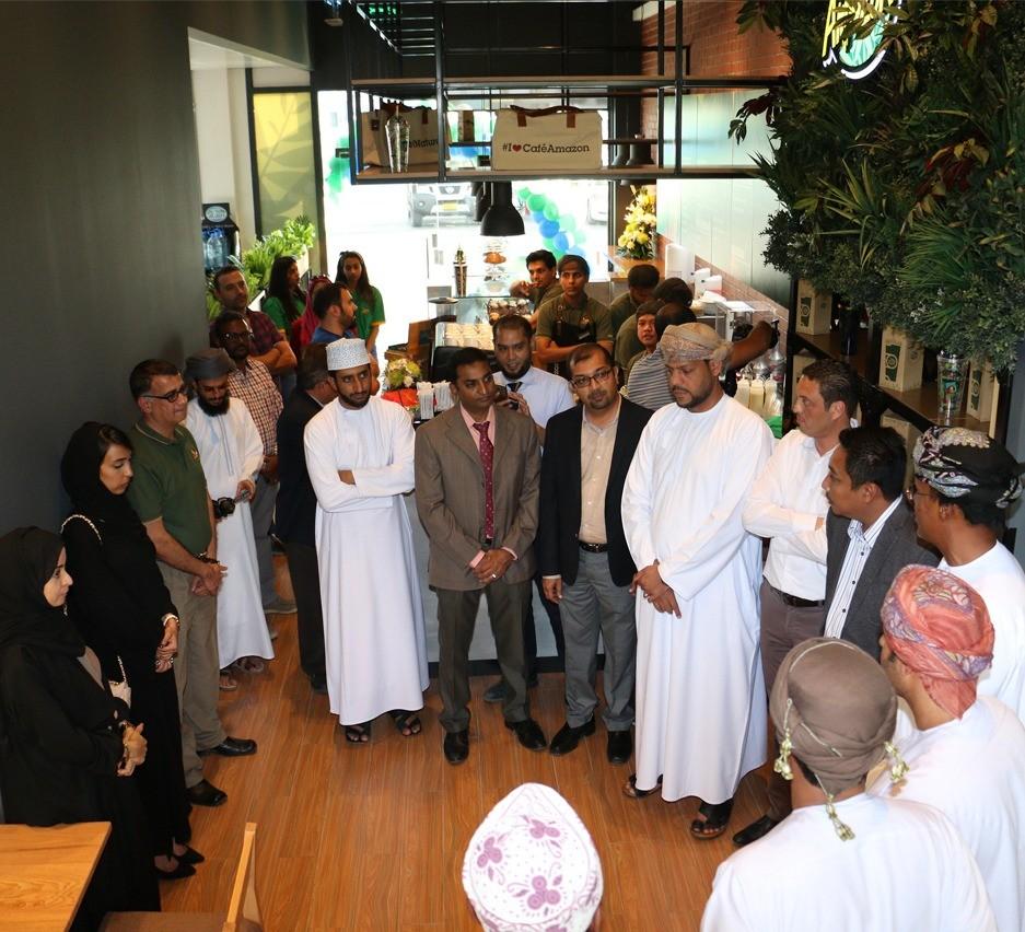 شركة النفط العُمانية للتسويق تفتتح مقهى 'كافيه امازون' في محطة خدمتها في غلا